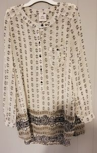 Knox Rose shirt Size L to M